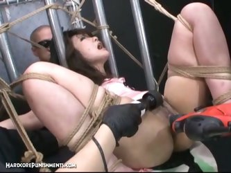 Extreme bdsm, sexy asian girl punished.