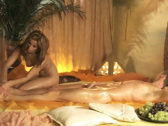 Candlelit bath and oil nuru massage