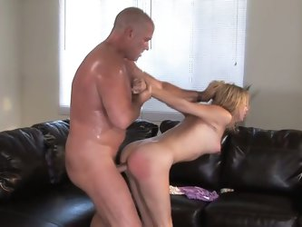 Gorgeous blonde babe loves rough sex