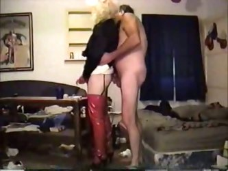 Vintage style fucking with blonde tranny and horny fat daddy bear