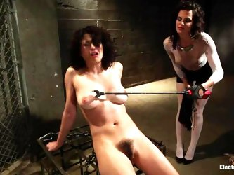 Hot Raven Rockette gets her tits and pussy electrified