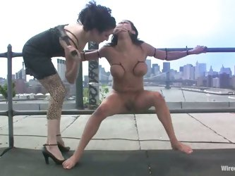 Cruel Dominatrix Takes Her Victim For A New York Tour Of Sex And Humiliation!