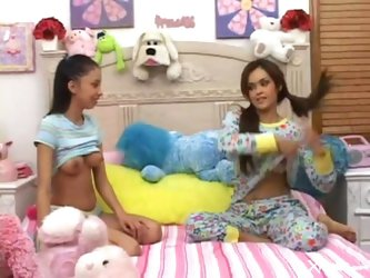 INNOCENT TEENS FUCKING www.beeg18.com