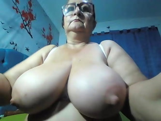 I love her big nipples