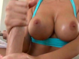 Hawt brunette with jaw dropping big boobs give steamy tug job to one stud. She is gorgeous and her big juicy melons deserve your attention.