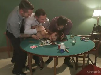 Four gamblers occasionally meet to play cards. But this evening they have company. A slutty Asian generously shares her special skills with them. The