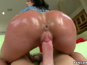 Lewd brunette bitch named Kendra Lust jiggles with her shiny greasy booty on her partner's long white dick. She take doggystyle position and gets