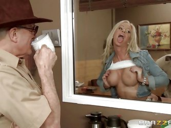 This blonde slut heads over to the country sheriff's office, to report a robbery, but she get a lot more, than she bargained for. The cops all ga