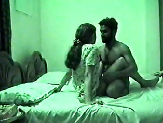 Delicious Indian prostitute was just a teen cutie with nice butt. I undressed her and fucked missionary style on the hidden cam.