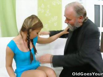 Anna Has Her Shaved Pussy Eaten Out By Her Older Man And