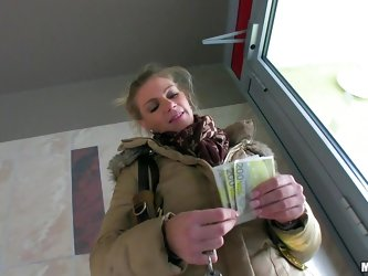 Money talks for Adele, a blonde milf with a nice face and a slutty mind. She agrees to have a fuck with this man and finally accepts the money. How ha