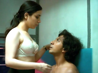 Indian Actress Ruby Bajaj Fantasy Sex in Train