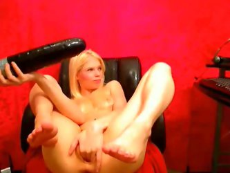 One wicked blonde skank gave me unforgettable webcam show by inserting foot long dildos and butt plugs in her bottomless snatch.