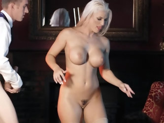 Absolutely gorgeous female Blanche Bradburry services giant dick of Danny D in comfortable chair. Her body shapes and sex talents are amazing. Lady kn