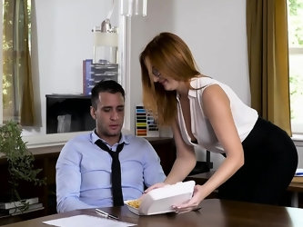 Babes - Office Obsession - Naked Lunch starri