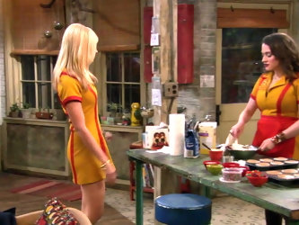Beth Behrs, Kat Dennings - 2 Broke Girls S01 E05 & E08